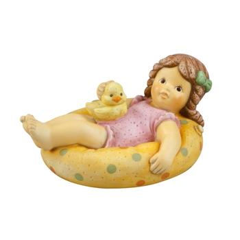Goebel - Nina & Marco Figurin - Nina is relaxing