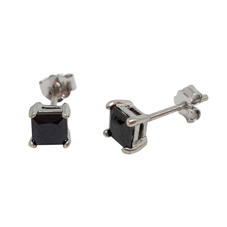 Örhänge silver 4 mm kvadratisk svart kristall